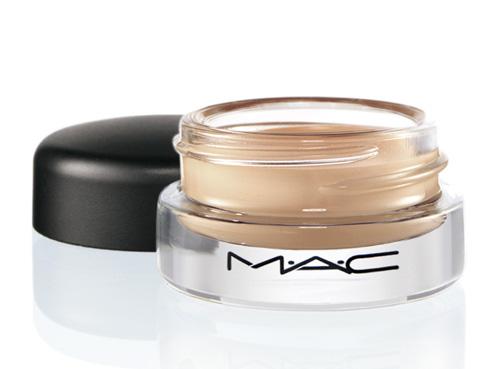mac-well-defined-collection-studio-sculpt-concealer
