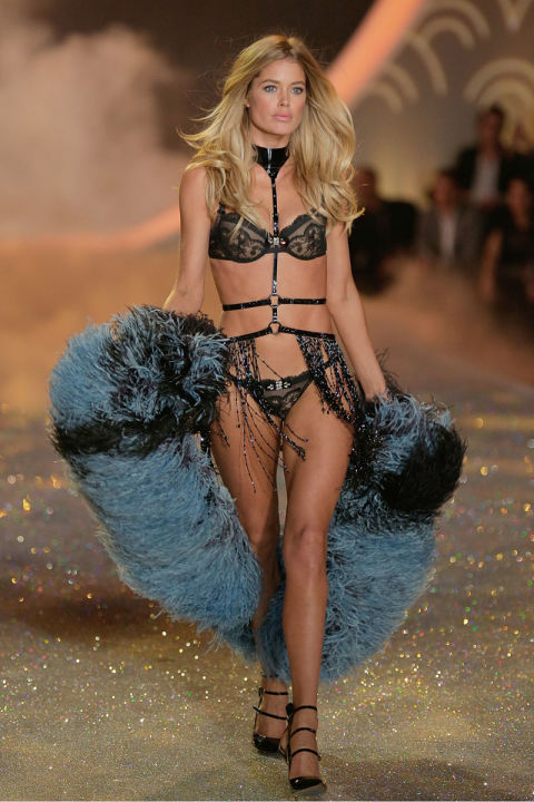 549bc180772e5_-_elle-07-victorias-secret-angels-doutzen-kroes-v