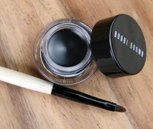 bobbi-brown-gel-liner-black-ink-2