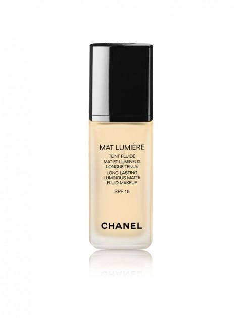 chanel-mat-lumiere-long-lasting-luminous-matte-fluid-makeup