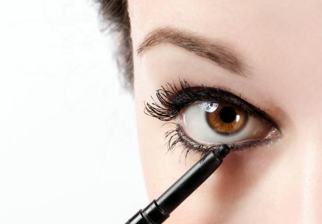 3-bi-quyet-ke-eyeliner-ma-khong-bi-chay-nuoc-mat-5