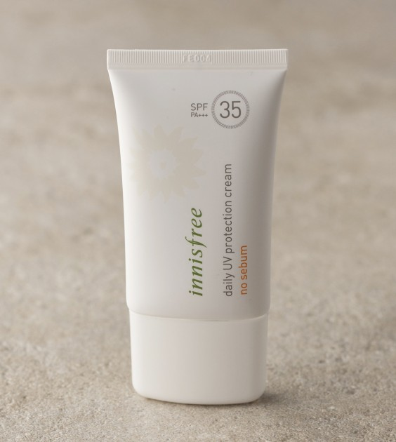 innisfree-daily-uv-protection-cream-no-sebum-spf35-pa-1